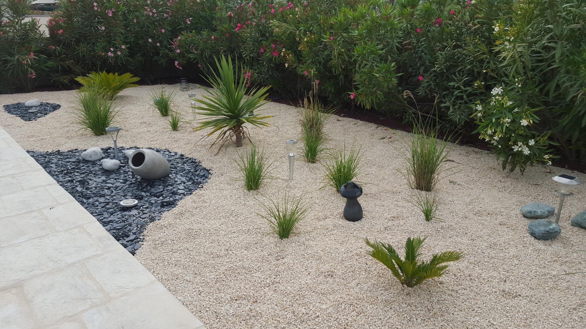 Creation D Un Jardin Sec Un Beau Jardin Avec Peu D Entretien
